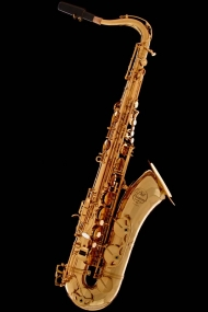 Honey Gold-Lacquer Classic Tenor Saxophone